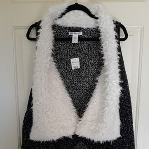 Say What? Black and white faux fur vest NWT
